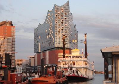Hamburg - Elbphilharmonie und unsere Mississippi Queen